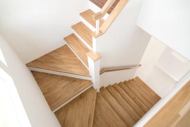 Maatwerk houten trap