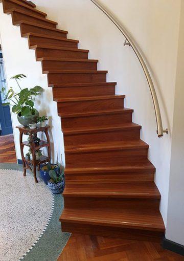Rondgaande trap
