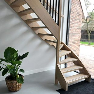 Maatwerk onderkwart trap