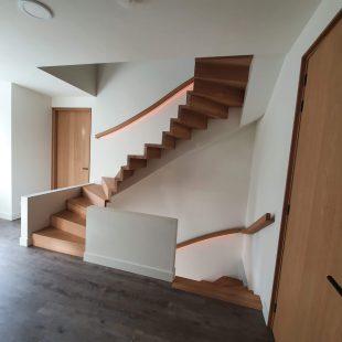 Maatwerk rondgaande trap