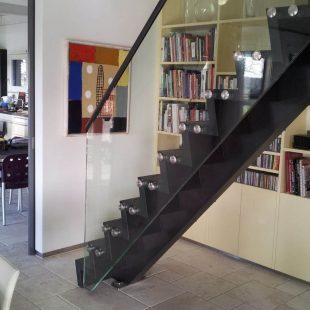 Moderne rechte trap